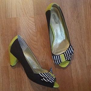 8fdb9a5b14c Seychelles Black And Lime Heels